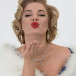 Маруся Якименко - актриса и блогер