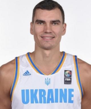 Макс Пустозвонов - баскетболист
