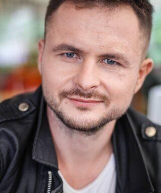 Роман Ясиновский - актер театра и кино