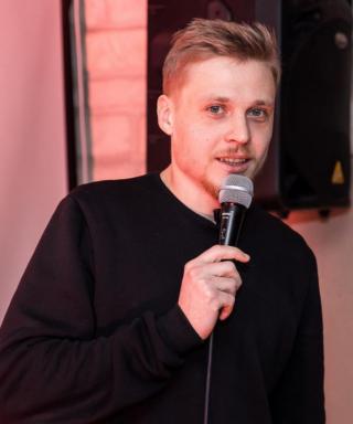 Олег Лузанов - стендап комик